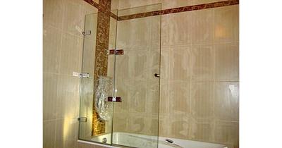 Стеклянные складные шторки для ванной - main
